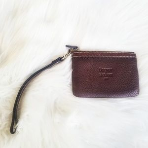 Dooney & Bourke | Brown Leather Wristlet